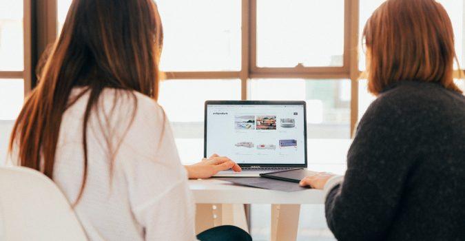 Beli domain dan hosting untuk website